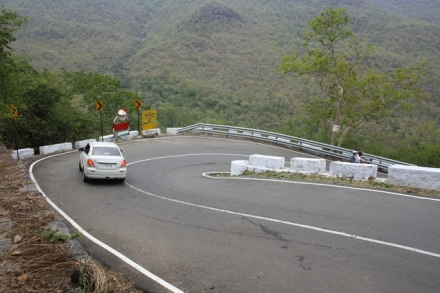Hairpin bend, Hairpin turn