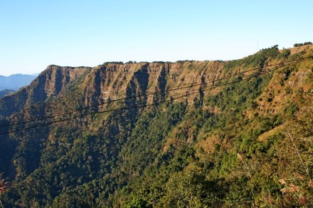 hmuifang tlang, cliff, kham