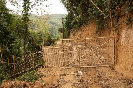 gate, half way into longmasu