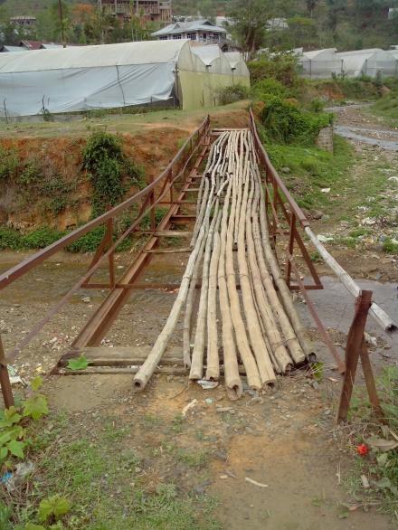 Old bridge over Chite
