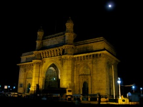 Gateway of India under the lover's moon