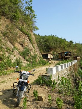 Khumtung-Muallungthu-road-10